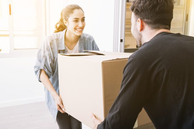 Moving and packing services in Dubai